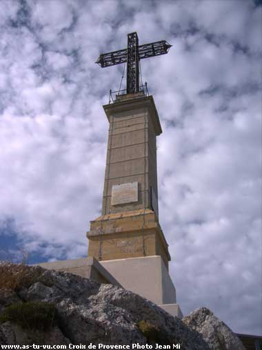 association d'images - Page 2 Croix-de-provence-sainte-vi